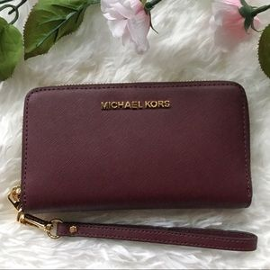 NWT Michael Kors Jet Set Travel Lg Wristlet Wallet
